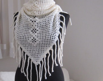 handmade crochet white cream wool fringed shawl stole scarf