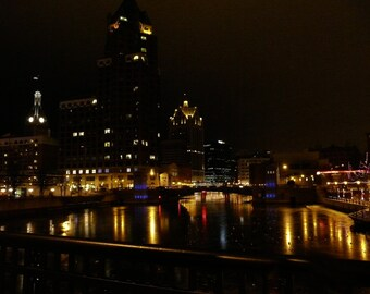 Photograph of Milwaukee WI at night
