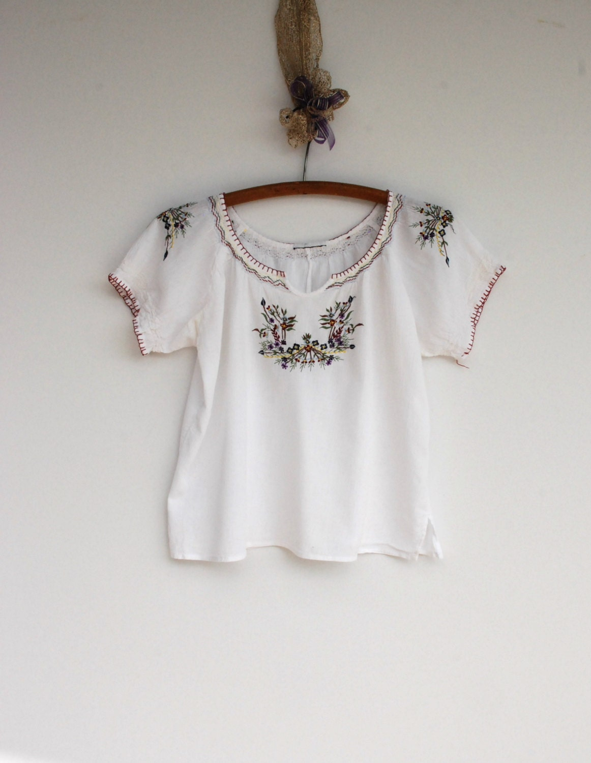 Mexican embroidered gauze top peasant blouse gypsy floral