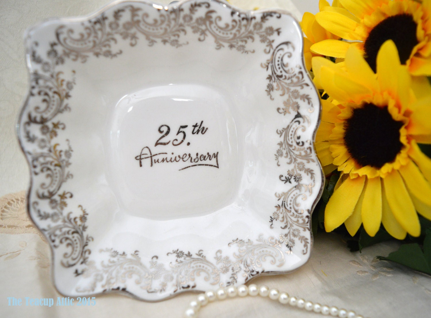 31 Wedding Anniversary Gift: Queen's Rosina 25th Square Anniversary Candy Dish
