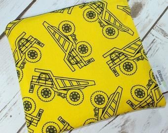 Food Safe Reusable Sandwich Bag in Truck Depot Yellow
