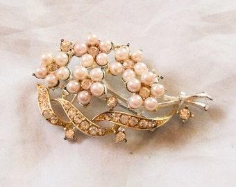 Pearl Rhinestone Brooch Designed by Lisner, Vintage Jewelry SUMMER SALE