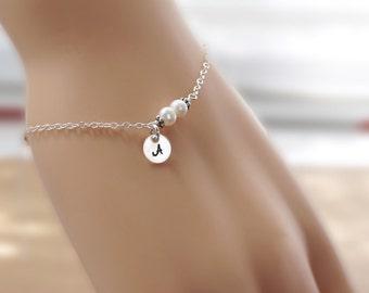 Personalized bracelet, pearl bracelet, bridesmaids gift, simple bracelet, dainty jewelry