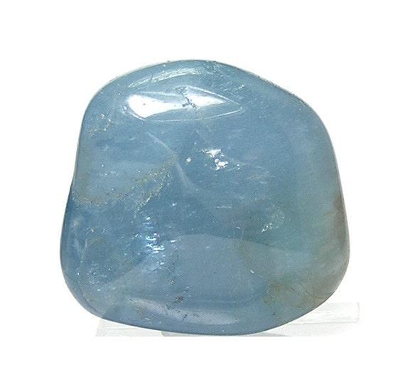 blue aquamarine beryl gemstone tumble polished