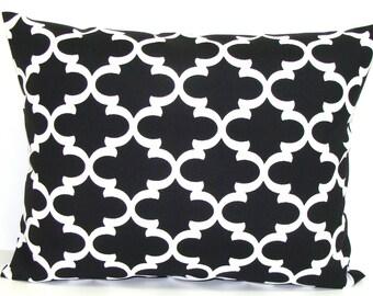 BLACK PILLOW.12x20, 16x20 or 16x24 inch.Indoor Outdoor.Pillow.Lumbar Pillow Cover.Black Decorative Pillows.Housewares.Black Tile.Tiles.Cm