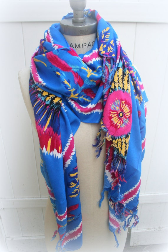 Unique Feathers print Infinity Scarf, Teachers Gift women, Colorful large long Scarf, oversized scarf, gift for nurse - PIYOYO