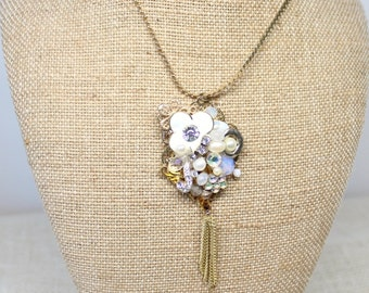 Gold pendant necklace- Upcycled Pendant necklace- Vintage Jewelry Pendant- Christmas gift- Steampunk necklace- Vintage jewelry necklace-