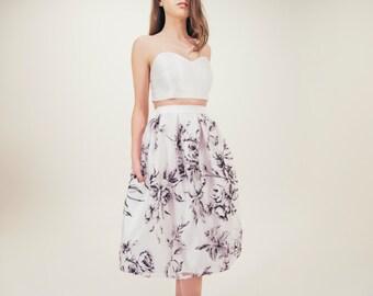 Mia skirt in black floral