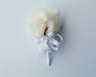 Cotton Blossom Boutonniere / Natural Cotton Boll Boutonniere / Southern Wedding Boutonniere / Rustic Boutonniere / Groom's Boutonniere
