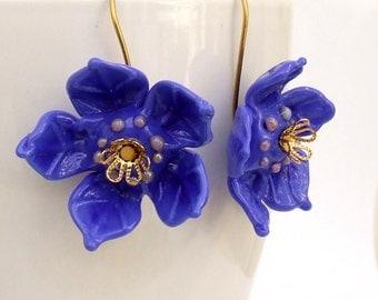 Lampwork Flower Earrings,  Lapis Blue Flower Earrings, Beadart Earrings, Lampwork Jewelry, Glass Bead Jewelry. made to Order !