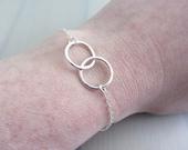 Sterling Silver Linked Circle Bracelet, Double Ring Bracelet, Infinity Circle Bracelet, Mother Daughter Bracelet, Best Friend Bracelet