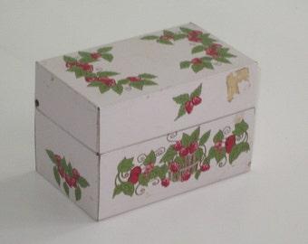 Vintage Pale Pink Metal Strawberry RECIPE BOX
