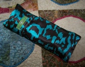 Satin eye pillow with removable satin cover