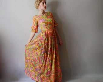 Bright 60s/70s Tiny Fit Maxi Dress w/ Sleeves XXS