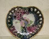 Painted Porcelain Heart Dish, Heart Small Dish, Decorative Heart Porcelain Dish, Ring Dish, Soap Dish, Small Rose Heart Dish, OFG Team