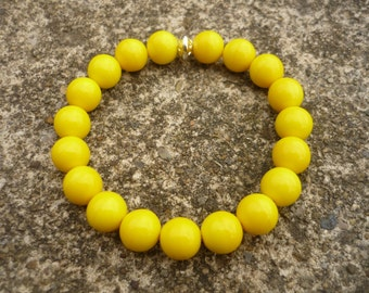 Yellow bracelet, yellow stretch bracelet, yellow elastic bracelet, yellow beaded bracelet, yellow jewelry, canary yellow, bright yellow