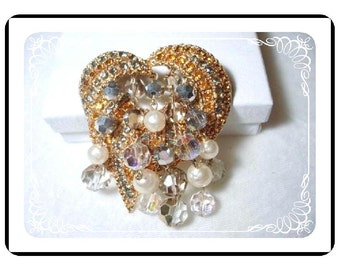 Dancing Crystal Brooch - Large Rhinestone Brooch - Crystal Dangles - Decadent  Pin-1059a-040111000