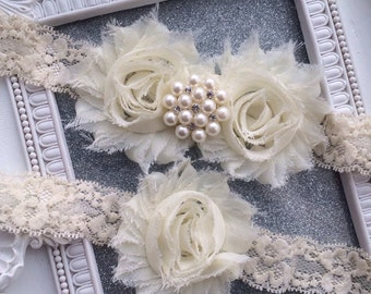 Pearls and Crystals Ivory Garter Set, Burlap, Wedding Garter Set, Vintage Garter Set, Bridal Garter, Garder, Wedding Garder, Rustic, Glam