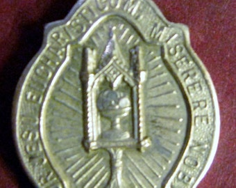 Beautiful Vintage Small Child's Sized Medal of the Eucharistic Miracle of Sienna Italian Text