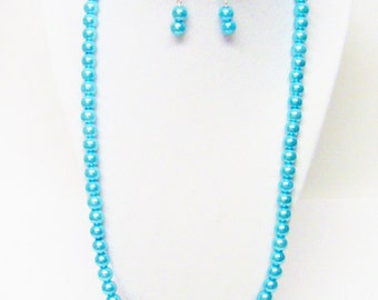 24.5 Inch Turquoise Glass Pearl Necklace/Bracelet & Earrings Set