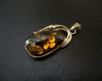 Amber Baltic Pendant Vintage 5.48 Gr Honey Color Wonderful Stone (TS515)
