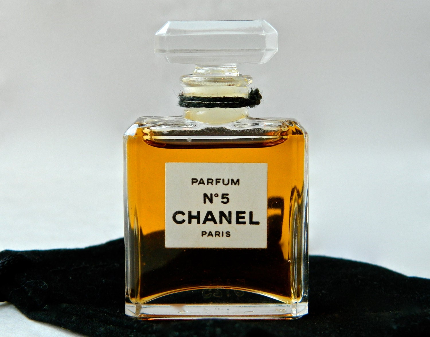 vintage chanel no 5 pure perfume 25 oz 7 ml early bottle. Black Bedroom Furniture Sets. Home Design Ideas