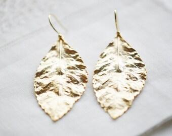 Leaf Earrings / Gold Leaf Earrings / Leaf Dangle Earrings / Leaf Jewelry / 16k Matt Gold Earrings / Woodland Jewelry / Organic / Tree Leaf
