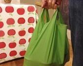 Easy reusable grocery bag / shopping bag / tote bag / shopper / market bag PDF pattern - using ripstop fabric