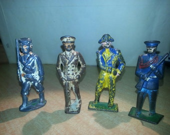 Lot of 4 Lead Toy Soldiers 1900-20