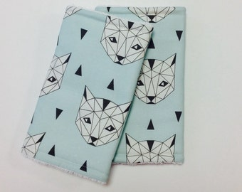 Suckpads for the Baby carrier Cats geometric Mint