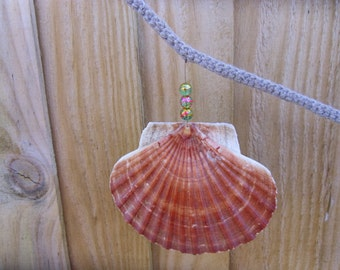Seaside scallop and glass bead garland