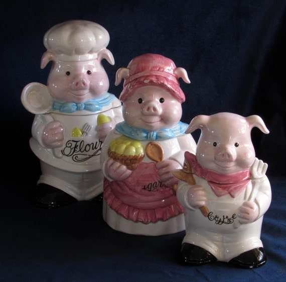 pig kitchen canisters pig family canisters set mid century anthropomorphic vintage 14548