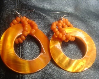 Orange Shell Ring Dangle Earrings 1044.
