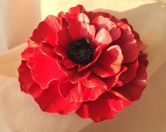 Leather flower Madeleine.