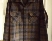 Vintage 60s PENDLETON Wool Plaid Shirt sz M