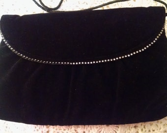 Vintage  Black Velveteen Evening  Clutch Bag ECS