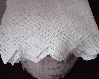 "Hand made Vintage Knitted Throw, White Cotton French 80"" x 57"""