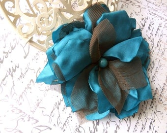 Blue Handmade Flower, Tulle Hair Flower, Wedding Turquoise Green Hair Fascinator, Turquoise Blue Bridal Hair Clip