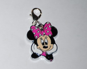Nice enamel PINK Minnie Mouse clip charms for zipper pull, purse, bookbags cellphones, jewelry making, scrapbooking or birthday party gifts.