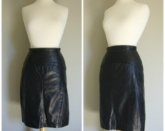 Vintage BLACK LEATHER PENCILSKIRT/size XSmall-Small