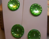 """Pretty Vintage 7/8"""" Spring Green Pearlized Buttons, Set of 4 (no. 1201)"""