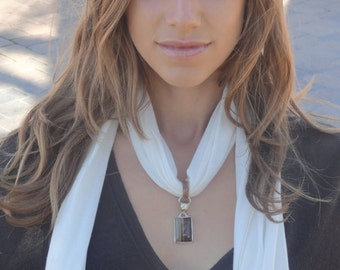 CRYSTALWEAR Hemp Jersey Scarf Necklace with Reiki-Attuned Striped Agate Pendant Gift for her.