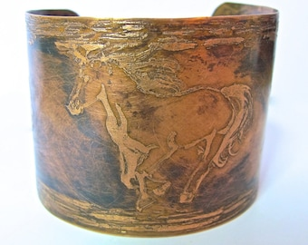 Womans horse copper cuff bracelet, etched horse design, dark brown patina, boho, hippie, rustic, country western, cowgirl