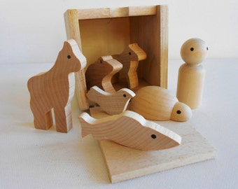 Wooden animal crackers children's cube box waldorf toy game