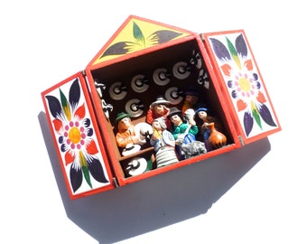 Vintage Peruvian Folk Art Retablo Box