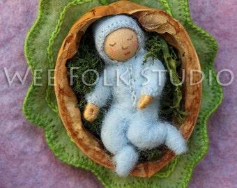 4 card set - Walnut Shell baby - Wee Folk