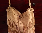 Hip fringe purse, beige ultrasuede, adjustable strap