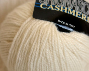 Grignasco 100% Italian Cashmere yarn in natural cream (color 701)