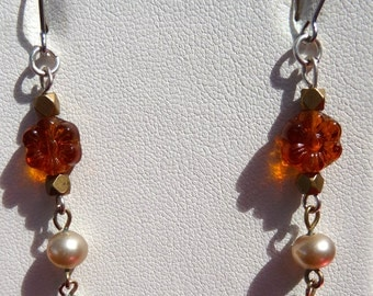 Vintage and delicate amber glass rose beads and faux vintage pearl earrings