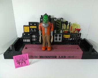 Ideal Monster Lab Salesman's sample-1964